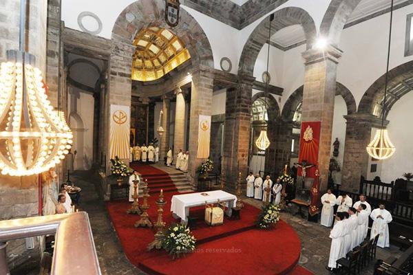 Párocos deixam felicitações aos futuros sacerdotes