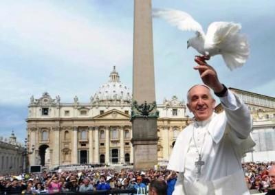 Papa pede compromisso global na luta contra a violência e as injustiças