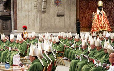 Papa alerta cardeais contra mentalidade e intrigas de «corte»