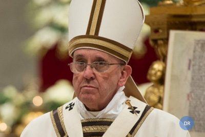Dois açorianos entre os 10 portugueses mais próximos do Papa