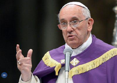 A fé não é espetáculo, é preciso pensar com espírito de Deus, diz o Papa Francisco
