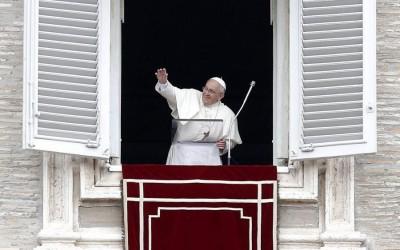 «É a hora de terminar» a guerra, suplicou o Papa
