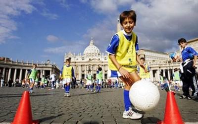 Jogo inter-religioso pela paz reúne estrelas do futebol mundial