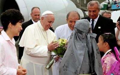 Papa chegou a Seul para visita de cinco dias