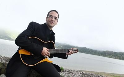 Pe Jason Gouveia atua no primeiro dia do Festival Jota