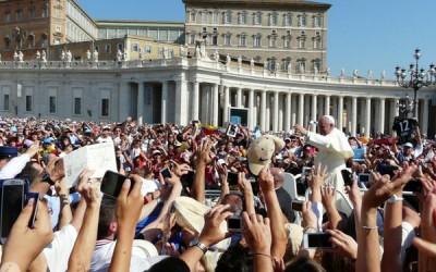 Leigos: III Congresso Mundial de Movimentos Eclesiais e Novas Comunidades