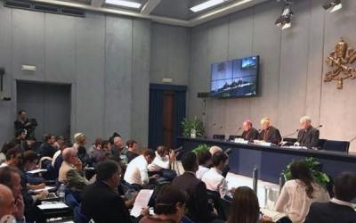 Vaticano destaca novidades nos trabalhos da assembleia extraordinária