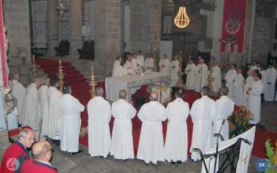 """Cristo é a """"pedra angular"""" da Igreja"""