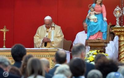 Papa Francisco convida a evangelizar «periferias» sem excluir ninguém