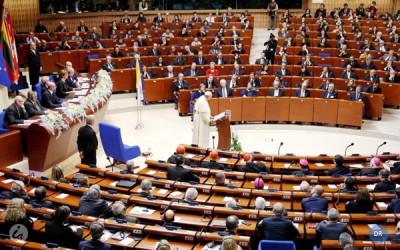 Papa apresenta projeto de Europa centrada nas pessoas e livre de hegemonias políticas