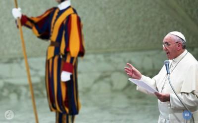 Papa rejeita aborto e eutanásia, sinais de «falsa compaixão» pelo ser humano