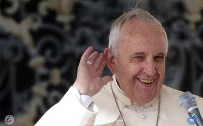 Papa denuncia «vergonha» da coexistência de riqueza e miséria na sociedade