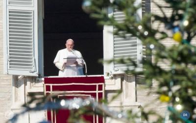Papa reza por casais em dificuldade e elogia famílias numerosas