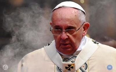 Francisco pede alegria e obediência aos religiosos da Igreja Católica