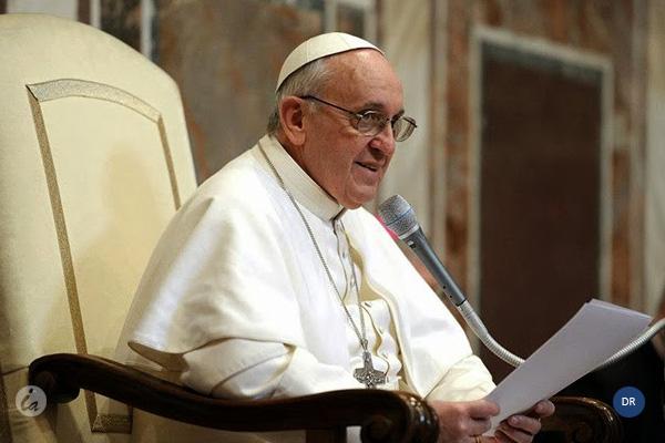 Papa pede à Europa para se manter aberta aos migrantes