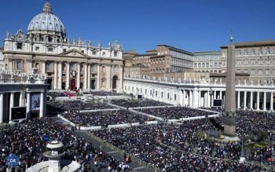 Cerca de quatro milhões de pessoas estiveram com o Papa no Vaticano