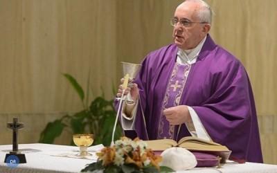Papa quer cristãos de coração «aberto à salvação de Deus»