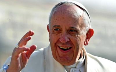 Papa valoriza testemunho dos mais velhos e elogia exemplo de Bento XVI