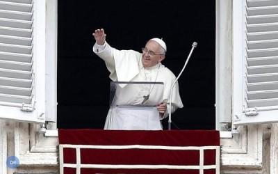 Papa apela a valorização da dimensão comunitária na Igreja