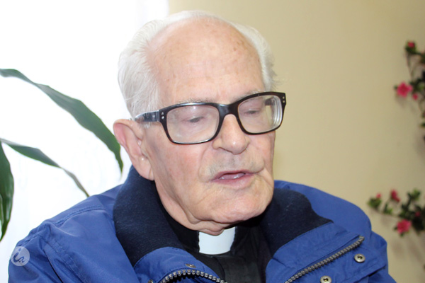 Monsenhor António da Luz vai ser homenageado pela paróquia das Capelas