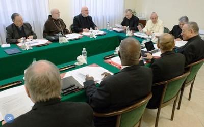 Papa Francisco cria novo tribunal para crimes de pedofilia
