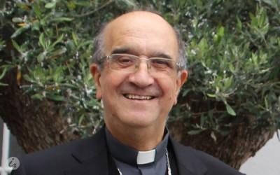 Bispo Emérito de Angra distinguido com a Medalha de Mérito de Ponta Delgada