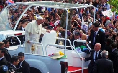 Secretário de Estado do Vaticano espera que novo presidente trabalhe pela «paz no mundo»