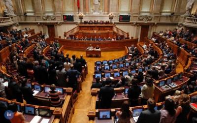 Igreja Católica pede «classe» aos políticos e «propostas concretas»