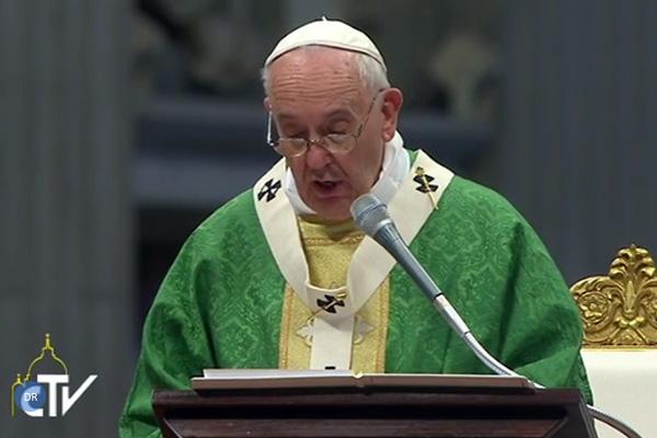 Papa pede defesa da união «indissolúvel» homem-mulher