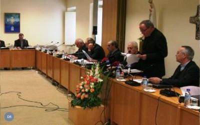 Bispos pedem soluções políticas «sem excessiva crispação»