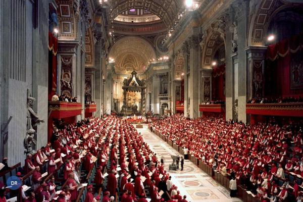 Papa convoca reunião inédita para debater prevenção de abusos sexuais