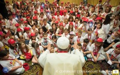 Número de batizados em todo o mundo cresce mais do que a população mundial
