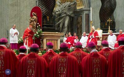 Francisco alerta para Igreja «fechada» e com medo dos «perigos»