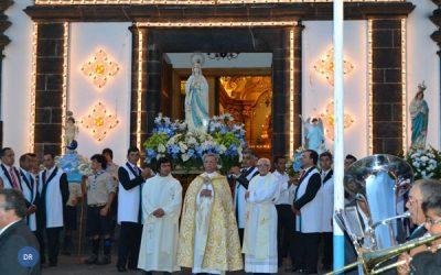 Festas de Nossa Senhora de Lurdes animam vila baleeira das Capelas