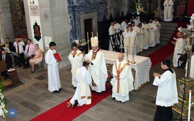 Bispo de Angra desafia novo sacerdote a ser um padre do seu tempo em diálogo com o mundo
