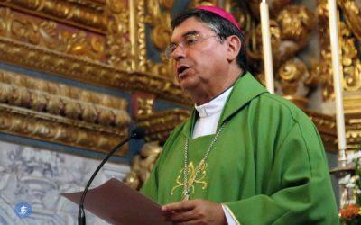 """Bispo de Angra alerta para o perigo das atitudes """"dos que se sentem donos do mundo"""""""