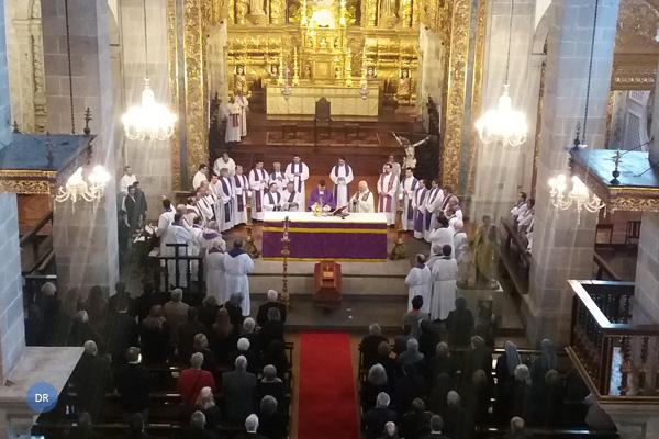 Bispo de Angra convida presbíteros a renovar promessas sacerdotais na Semana Santa