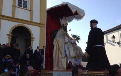 """Ribeira Grande celebra Quaresma e traz à rua os """"seus santos de vestir"""""""