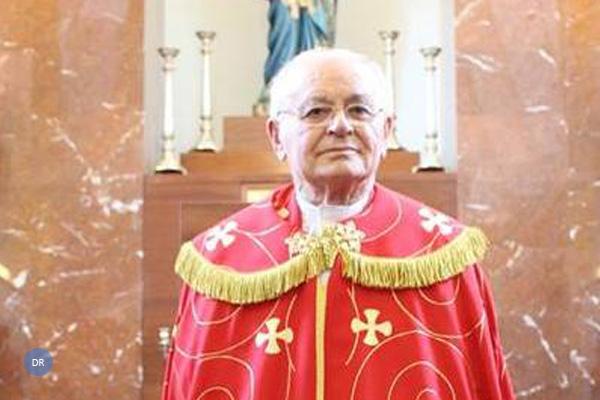 Paróquia dos Flamengos presta homenagem ao pe. Raimundo Bulcão