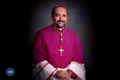 Bispo de Fall River preside às festas do Senhor Santo Cristo