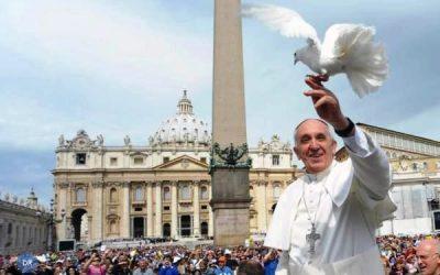 Papa convida a viver com esperança ao encontro de quem sofre
