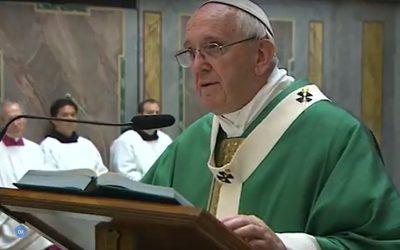 """Igreja: """"Proximidade e ternura"""" deve marcar o quotidiano dos sacerdotes – Papa Francisco"""