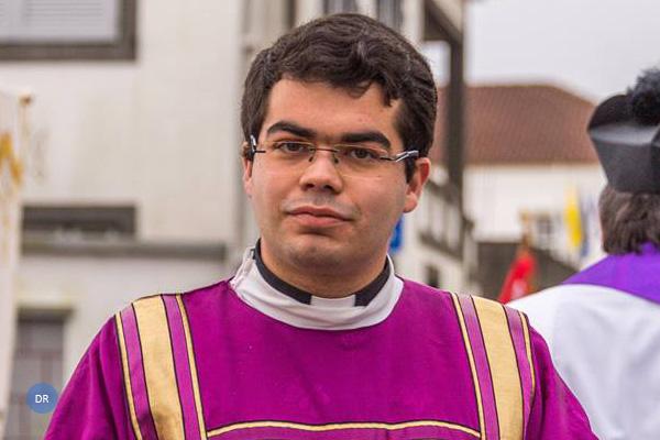Assembleia aprova voto de congratulação com a ordenação sacerdotal do Pe Jacob Vasconcelos