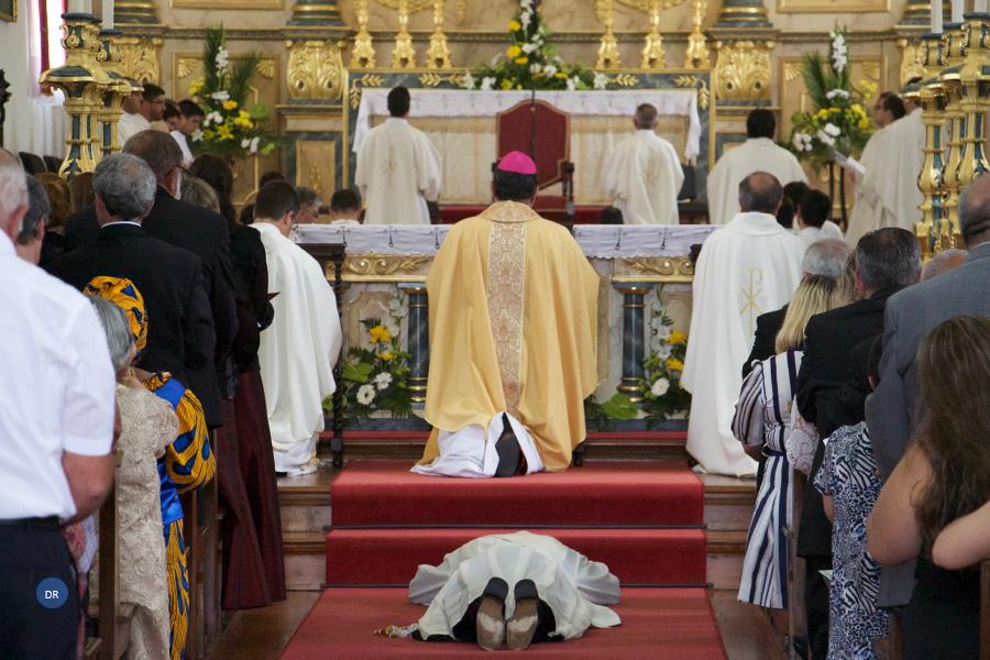 Bispo desafia diocesanos a criarem condições para transformar as paróquias em comunidades vocacionais