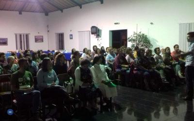 Catequistas da zona da periferia de Angra em formação