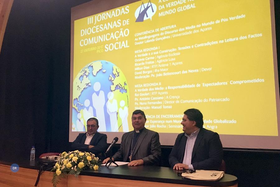 """Órgãos de informação são """"indispensáveis"""" numa sociedade plural mas precisam de ser orientados por valores, diz Bispo de Angra"""