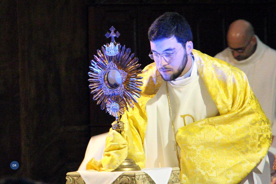 Vigilia de Oração marca arranque das celebrações de ordenação do diácono Nelson Pereira