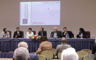 A humanidade vive momentos desafiantes mas o homem tal como é não será substituído, defende o Pe. Anselmo Borges