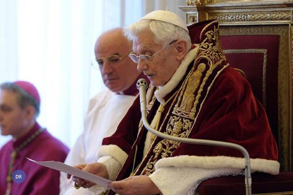 Renúncia de Bento XVI aconteceu há cinco anos