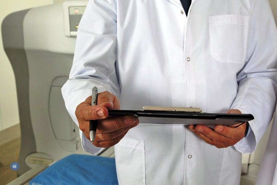 Associação dos Médicos Católicos Portugueses pede medidas de conciliação Trabalho-Família e fala em «monstro» do trabalho extraordinário nas Urgências